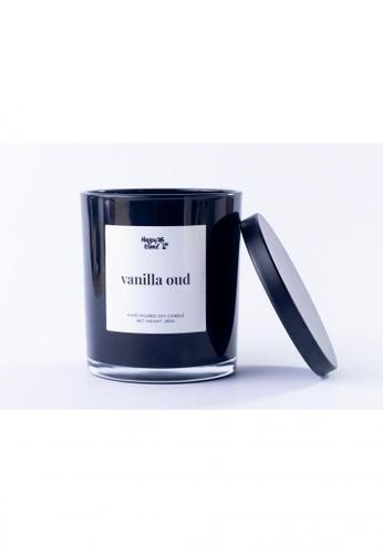 Happy Island black Vanilla Oud Hand Poured Soy Candle 10oz C3C94HL5CFA4D0GS_1