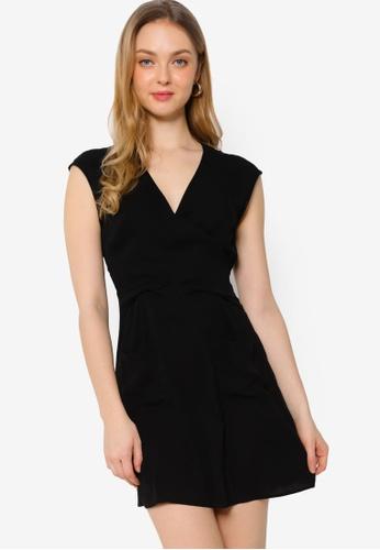 ZALORA WORK black Twist Detail Dress with Pockets 76BC8AA4E72570GS_1
