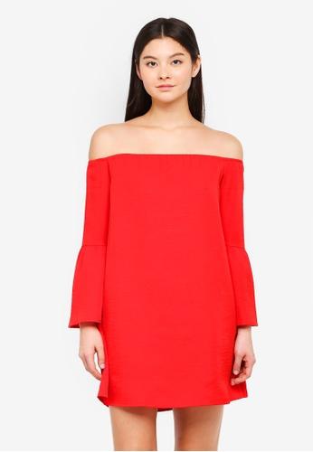 Something Borrowed red Off Shoulder Swing Dress 8CC8AAA2DE8E0CGS_1