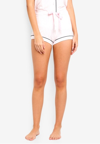 6IXTY8IGHT white 'Summer Holiday' Embroidered Sleep Shorts BBD23AABEEBCD7GS_1