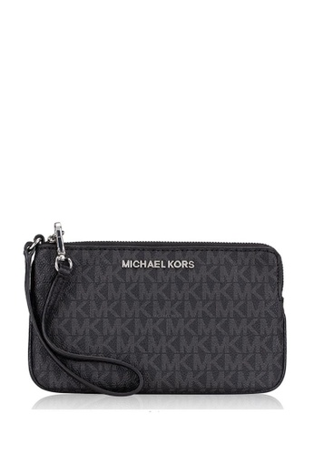 Michael Kors black Michael Kors Jet Set Travel Large Top Zip Wristlet In Signaturen - Black 0E517AC5206896GS_1