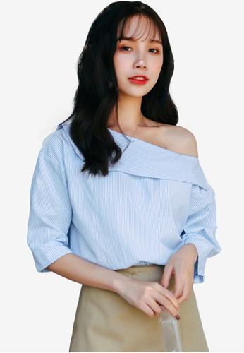 Shopsfashion blue Slanted Shoulder Blouse 4F866AA64FF3CCGS_1