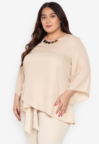 ae2f99b48465db Divina beige Plus Size Quarter Sleeves Overlay Blouse With Necklace  4528BAA133F968GS_1
