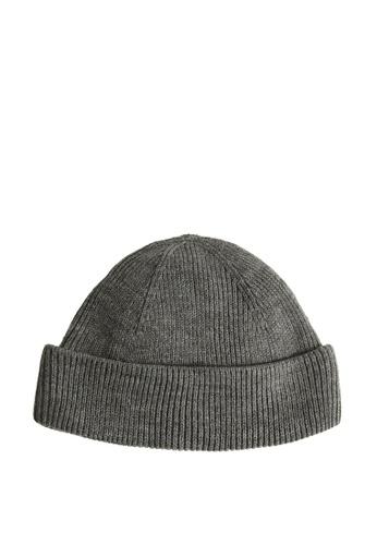 MANGO Man grey Short Knit Beanie 490E0AC3D4D7CDGS_1