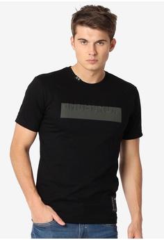 c3cf3641d JAG black Men's Roundneck Street Wear Embossed Tshirt 304B8AAE3E41BFGS_1