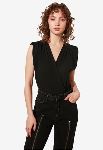 Trendyol black Ruched Shoulder Detail Bodysuit 11889AA18D2398GS_1