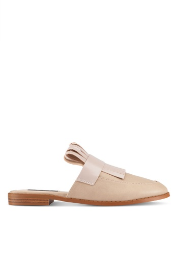 ZALORA beige Patent PU Slipper 41545ZZ424CD89GS_1