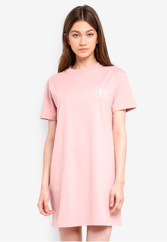 Something Borrowed pink Tee Dress With Graphic CB199AA216E7B4GS_1