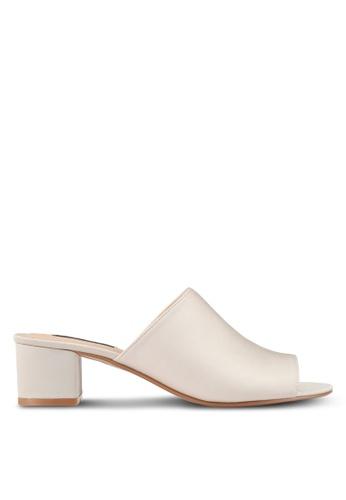 ZALORA beige Low Chunky Slip On Heels 4C22FSH3E8D5E0GS_1