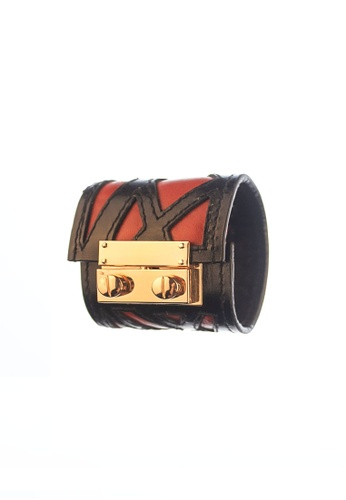 CSHEON red and gold SECRET CODE LABYRINTH MAX CUFF IN RED CALFSKIN AEE8AAC82E0383GS_1