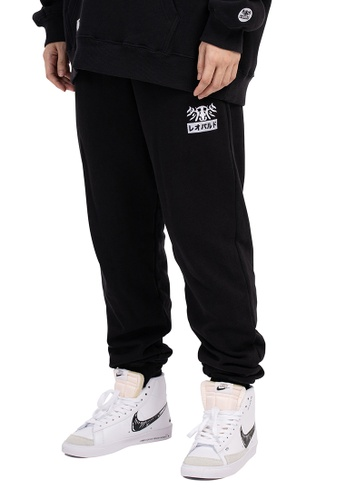 Reoparudo black Reoparudo Feather Embroidery Sweat Pants (Black) 0AC04AAFAE55C5GS_1