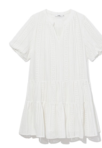 b+ab white Perforated tiered dress 95EC3AAAC9343EGS_1