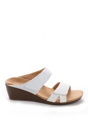 c29115298f Shop Vionic Park Chrissy Wedge Sandals Online on ZALORA Philippines