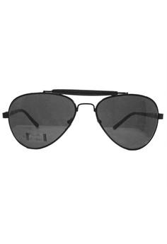 CT-5979 Sunglasses w/free High Quality case, Lens cleaning cloth & C-thru box.