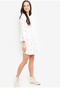 2132a4bd6e97 25% OFF Something Borrowed Flare Sleeves Mini Dress RM 105.00 NOW RM 78.90  Sizes XS S M L XL