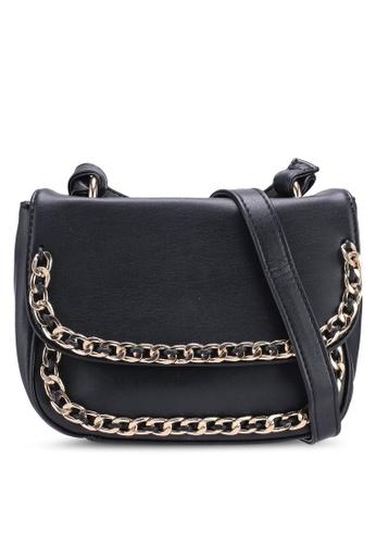 Berrybenka black Coby Martin Sling Bag 3F1C4AC5F4797AGS_1