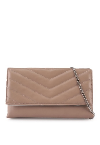 Dorothy Perkins pink Nude Quilted Metal Bar Clutch 8F2D3AC70F9EBEGS_1