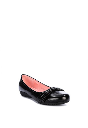 H2Ocean black Teodora Closed Shoes With Pleats And Scallop Design 1AD64SHB2651FDGS_1
