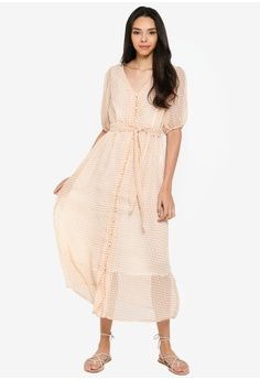 00a6652a3a 14% OFF ONLY Elle Long Sleeve Checkered Maxi Dress S$ 89.00 NOW S$ 76.90  Sizes 34 36 38 40 42