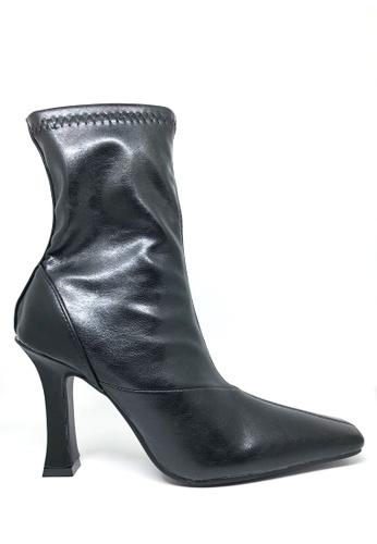 Twenty Eight Shoes 彈力仿皮貼腳踝靴577 91ABFSHD326DBEGS_1