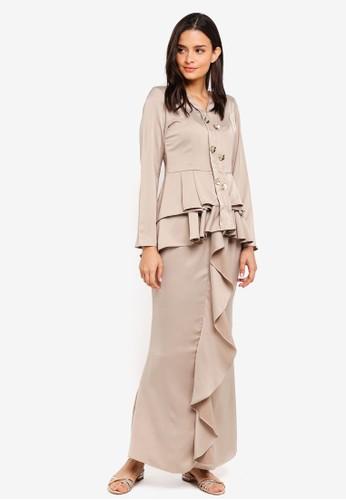 Aqeela Muslimah Wear beige Qhalisha Pleated Kebaya ADD64AAF6E0916GS_1