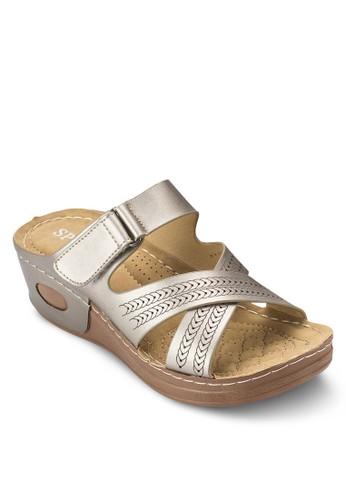 雕花交叉帶低楔形涼鞋, esprit 衣服女鞋, 鞋