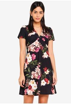 550fdf2ed4e98 Dorothy Perkins black Black Floral V Neck Dress 486EDAABA354AEGS 1