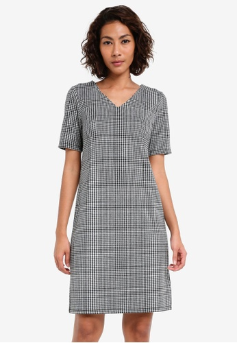 Dorothy Perkins black Check Print Shift Dress DO816AA0SKRTMY_1