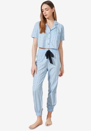 Trendyol blue 2-Piece Printed Pajamas Set 64B45AA8B30F97GS_1