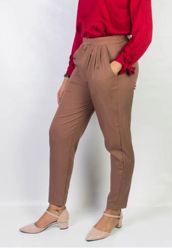 Zaryluq brown Dress Pants in Macchiato 844CCAA3F8EA1FGS_1