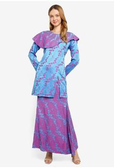 4435dbd5ecb 35% OFF Aqeela Muslimah Wear Qhalisha Layered Baju Kurung Rp 649.000  SEKARANG Rp 419.000 Ukuran S M L XL