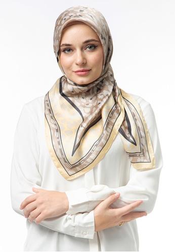 FATIMÉ multi Satin Square Hijab Moon (Yellow) C6F80AA93D2A99GS_1