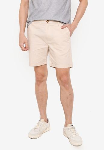 ZALORA BASICS beige Chino Shorts 1A55CAA98624BFGS_1