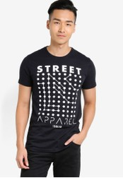 !Solid black Harpur Graphic T-Shirt SO701AA80WQLMY_1