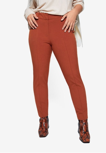 Violeta by MANGO brown Plus Size Slim Seam Trousers 64C0CAA2C42461GS_1