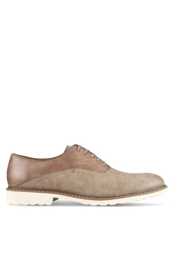 ZALORA brown Faux Leather Casual Brogues 2957EAAB262BFDGS_1