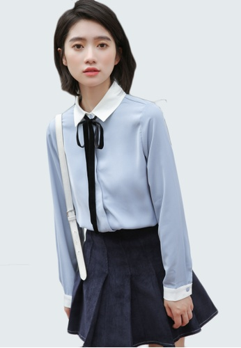 Shopsfashion white and blue Pocketed Wide Checked Shirt in Navy SH656AA0GAQDSG_1