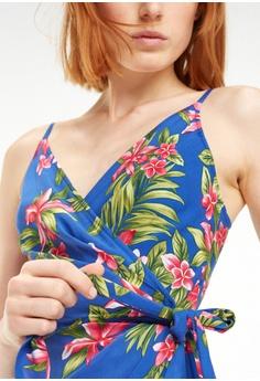 fb4b6bcec8d 15% OFF Tommy Hilfiger HALLIE WRAP SLIP DRESS NS S$ 369.00 NOW S$ 313.65  Sizes 4 6 8