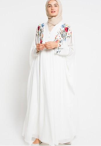 Kamilaa by Itang Yunasz white Gamis Bordir KA273AA04FQXID_1