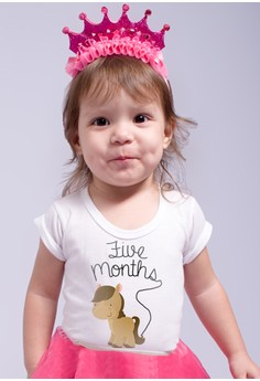 Monthly Baby Milestone - Cute Animals (5 months)