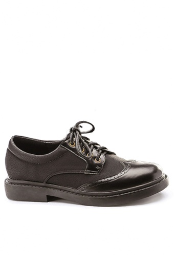 Twenty Eight Shoes black Two Tones Brouge Oxford Shoes VF68706 2B052SH0428D37GS_1