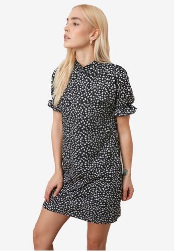 Trendyol black Stand Up Collar Printed Dress 9EA7BAAE601A8FGS_1