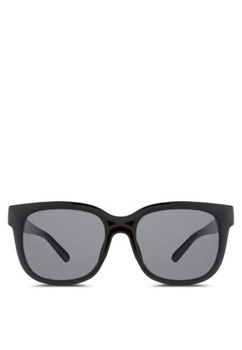 NUVEAU 長框太陽眼鏡zalora 手錶, 飾品配件, 飾品配件