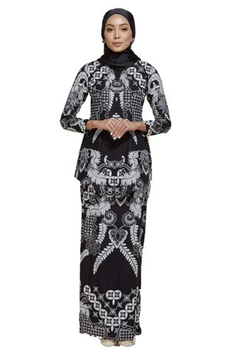 HABRA Kara Kebaya Batik KR40 from HABRA in Black