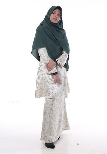 Baju Kurung Salwa from Denai Boutique in green_1