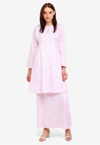 Nadeera Kurung Pahang from Butik Sireh Pinang in Pink