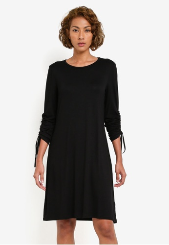 Dorothy Perkins black Ruched Sleeved Swing Dress DO816AA0S095MY_1