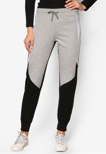 Airtex 撞色拼接運動長褲、 服飾、 長褲及內搭褲TOPSHOPAirtex撞色拼接運動長褲最新折價