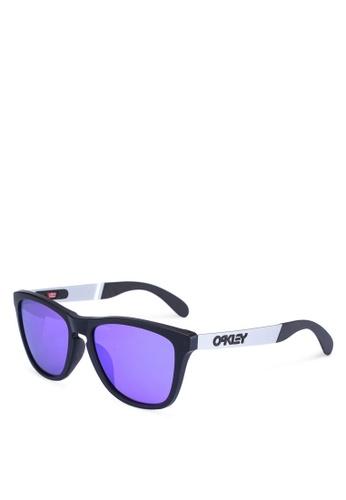 Oakley black Frogskins™ Mix OO9428F Sunglasses D5F5DGLB453CCAGS_1