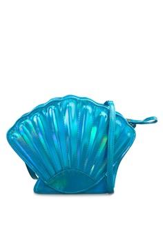 Clam Shoulder Bag